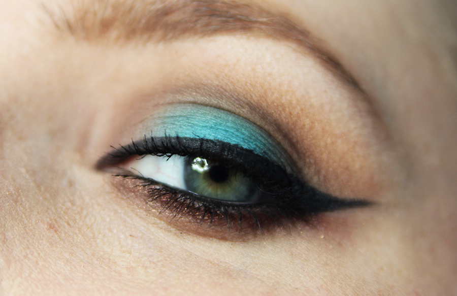 blue-halo-look1
