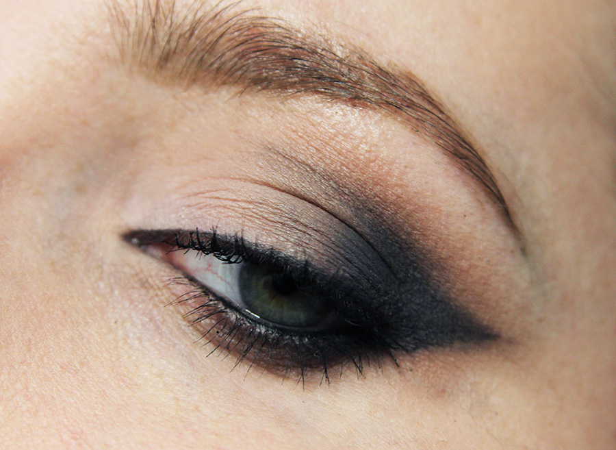 winged-eyeshadow4